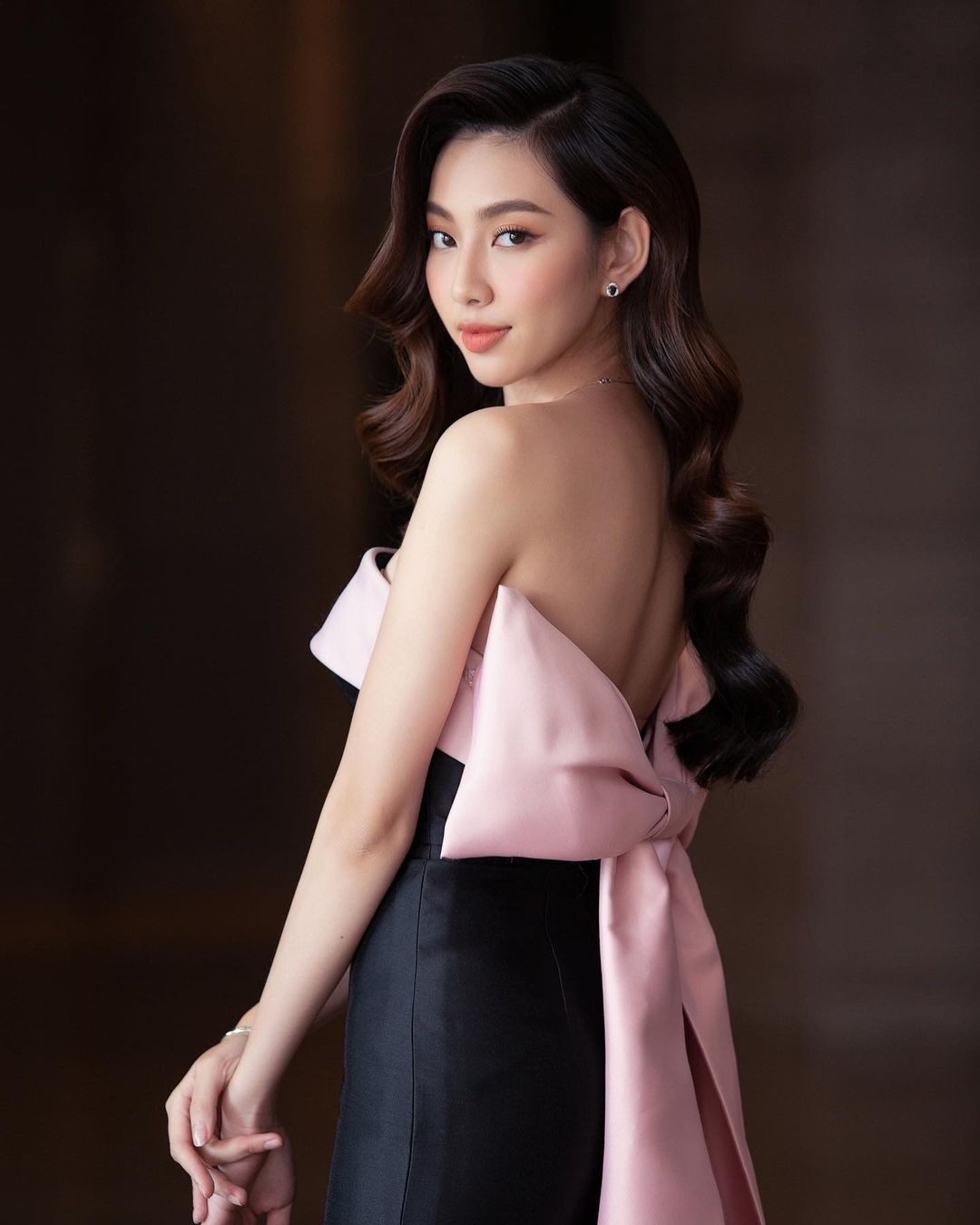 Miss Grand Việt Nam 2021 Nguyễn Thúc Thùy Tiên - Người đẹp mang tiếng 'xé giấy nợ' 1,5 tỷ là ai? 9