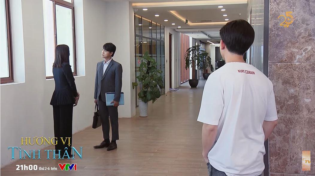 'Hương vị tình thân' trailer tập 35 (p2): Bật cười khi Long cõng Nam nhưng lại bị ngã sõng soài, Huy ghen với Thy và Phi 1