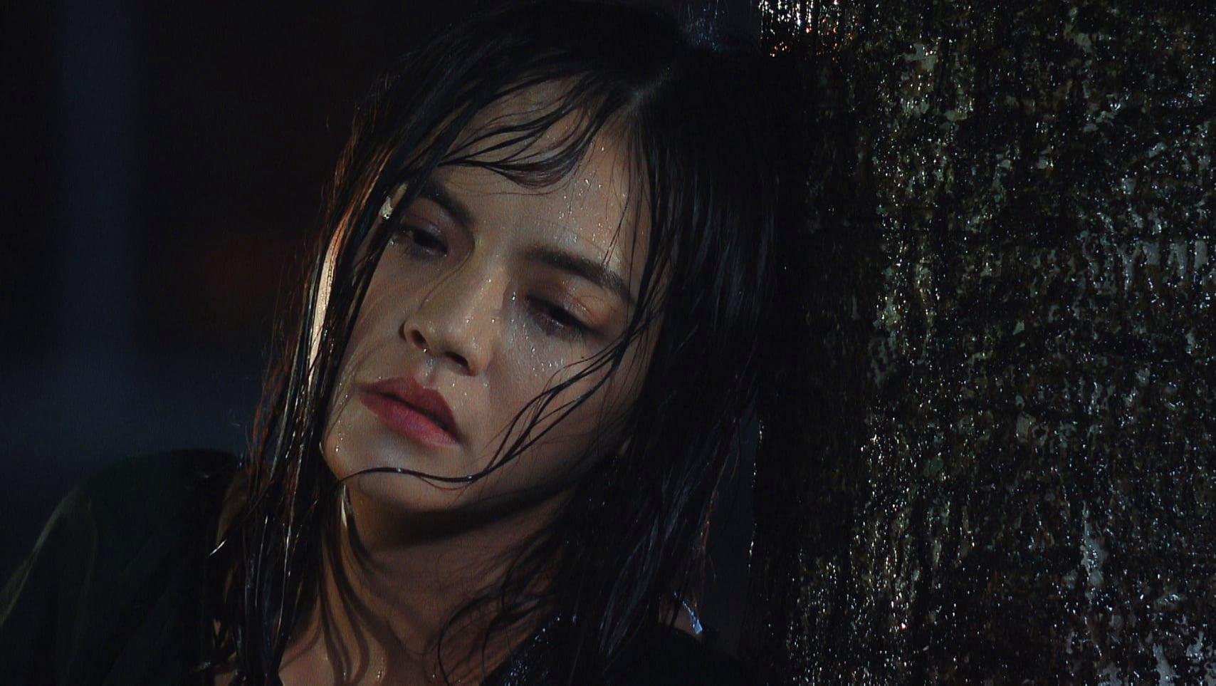 'Hương vị tình thân' preview tập 39 (p2): Thy dầm mưa vì buồn chuyện Huy và 'trà xanh', phải nhập viện trong đêm rồi lộ chuyện có bầu? 2