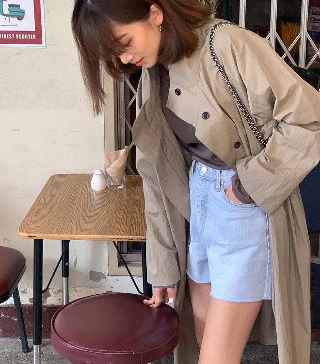 Lạnh thế này diện trench coat là 'perfect', nhưng không phải chị em nào cũng biết mix đồ cho thời thượng đâu nhé! 9
