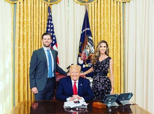 Cô con dâu tài sắc vẹn toàn của Tổng thống Trump, là 'cánh tay đắc lực' cho bố chồng 0