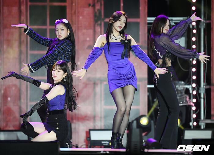 Kang Daniel, Tiffany (SNSD), Red Velvet rủ nhau đi 'trẩy hội' âm nhạc: Dập dìu tài tử giai nhân! 21