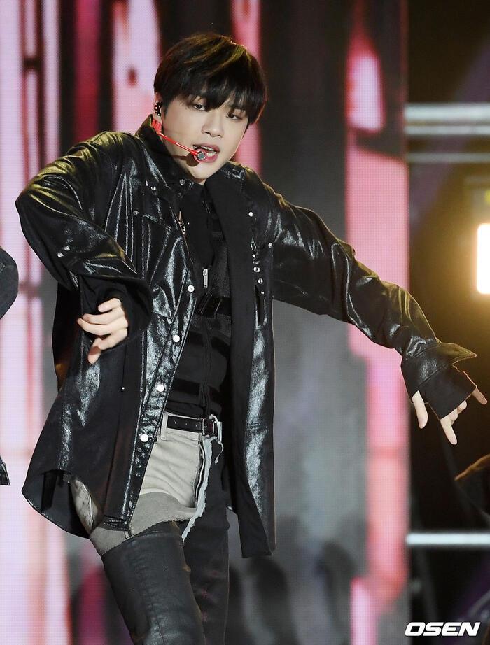 Kang Daniel, Tiffany (SNSD), Red Velvet rủ nhau đi 'trẩy hội' âm nhạc: Dập dìu tài tử giai nhân! 30