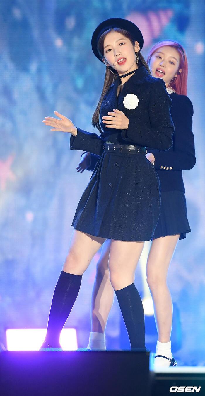 Kang Daniel, Tiffany (SNSD), Red Velvet rủ nhau đi 'trẩy hội' âm nhạc: Dập dìu tài tử giai nhân! 44