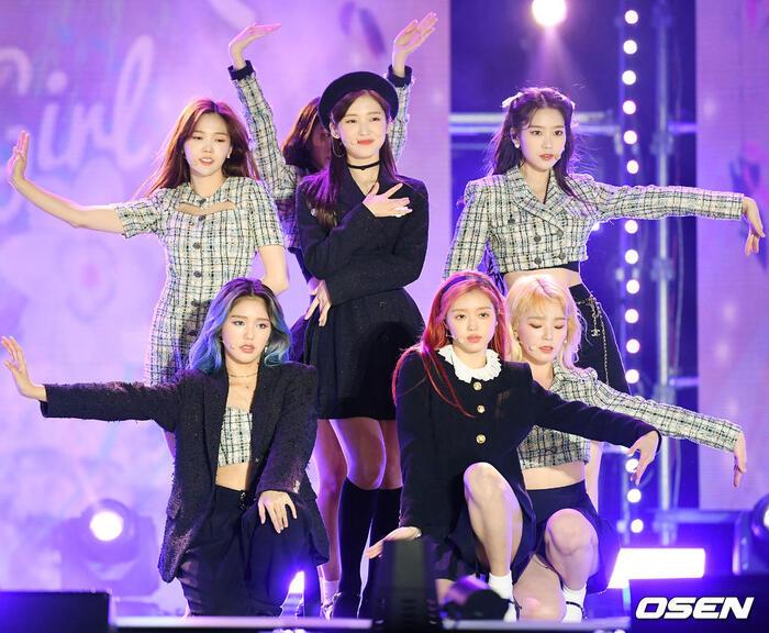Kang Daniel, Tiffany (SNSD), Red Velvet rủ nhau đi 'trẩy hội' âm nhạc: Dập dìu tài tử giai nhân! 45