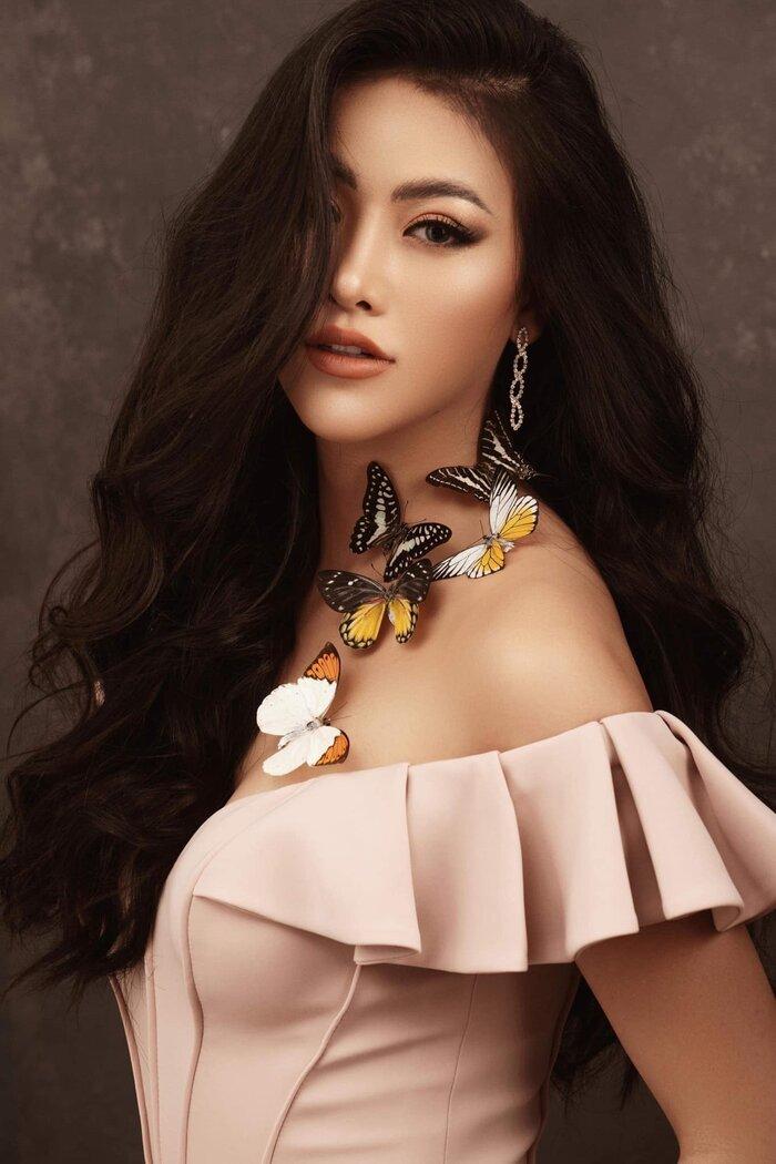 Phương Khánh - Cô gái mang lại niềm tự hào cho Việt Nam khi lên ngôi Miss Earth 2018.