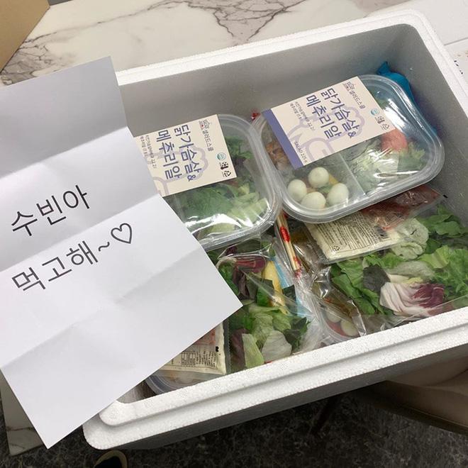 Soi kỹ từ những chia sẻ hàng ngày, phát hiện ra 'thánh ăn' Yang Soo Bin đã ngầm hé lộ 4 tips giúp cô giảm tới 45kg sau hơn 1 năm 15