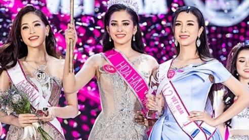 Hàng loạt Facebook giả mạo Tân hoa hậu Trần Tiểu Vy xuất hiện