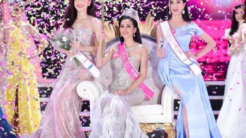 Sau Đặng Thu Thảo, Trần Tiểu Vy chính là hoa hậu 'được lòng' người hâm mộ nhất sau khi đăng quang