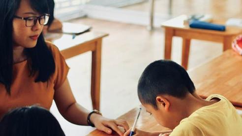 Giúp con 'văn hay chữ tốt' không hề khó nếu như bố mẹ chịu khó thuộc lòng 3 bí quyết này