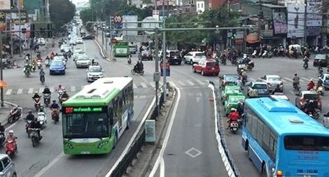Hà Nội: Kiến nghị xây dựng 14 tuyến đường riêng để nâng tốc độ xe buýt