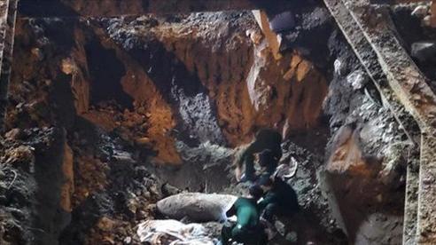 Không được dùng điện thoại trong bán kính 200m quanh quả bom ở Hà Nội