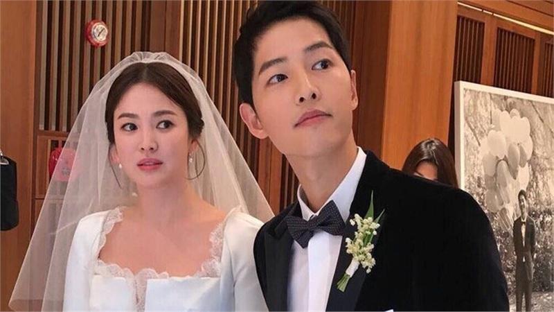 Kỷ niệm 3 năm ngày cưới: Nhìn lại 'hôn lễ thế kỷ' của Song Hye Kyo và Song Joong Ki!