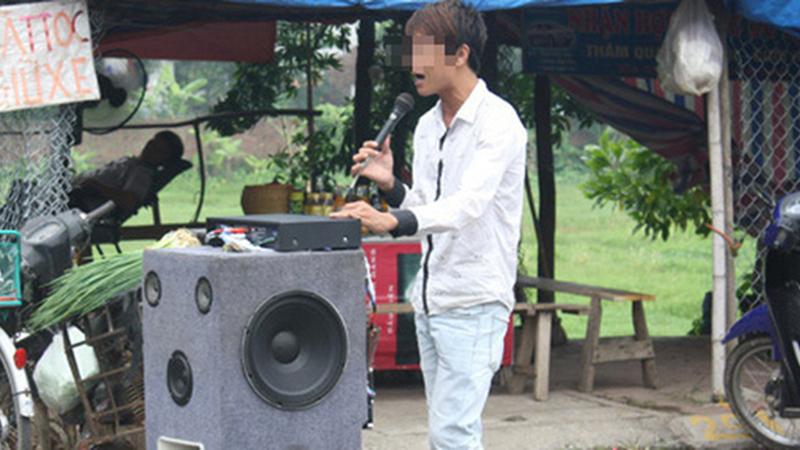 TP.HCM: Đề nghị chấm dứt việc hát karaoke bằng loa kéo