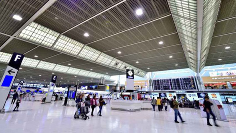 Phát hiện thêm 1 nữ hành khách Việt Nam dương tính Covid-19 tại sân bay Nhật Bản: Quê Nha Trang, chồng con đi cùng đều âm tính