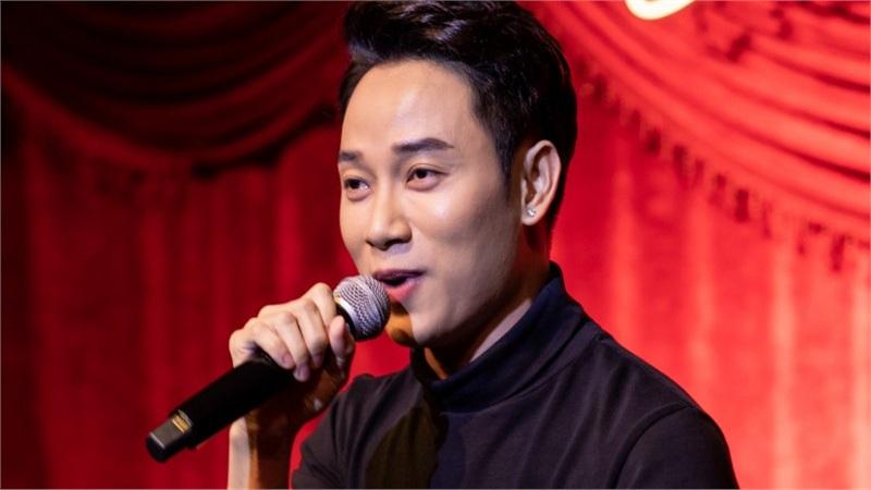 Trúc Nhân suýt khóc khi nhớ về cha trong đêm nhạc từ thiện vì miền Trung