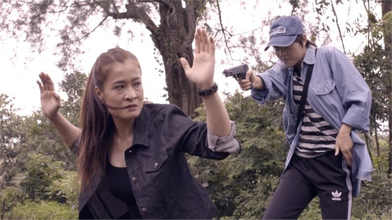Hết bắt cóc con gái của 'Hai Phượng'Ngô Thanh Vân, Thanh Sói lại lấn sâu vào con đường tội lỗi trong 'Phía sau bóng tối'