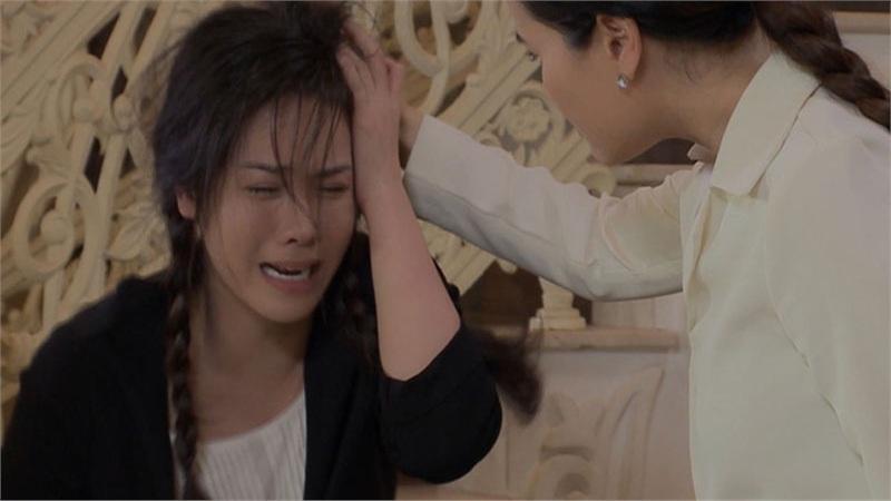 'Vua bánh mì' vừa lên sóng đã có cảnh túm tóc đánh ghen: Nhật Kim Anh bị Thân Thúy Hà tát, chửi mắng vì giật chồng