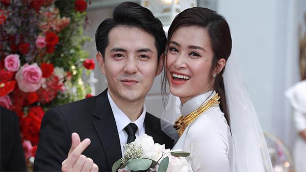 Vợ chồng Đông Nhi dành 2 ngày tự tay trang trí 'cơ ngơi' riêng 'sang - xịn - mịn' cho con gái đầu lòng