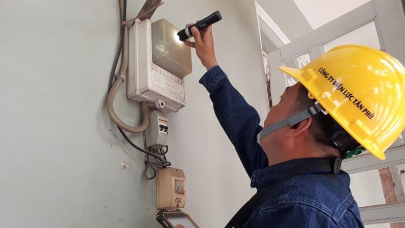 Điều chỉnh giá điện sinh hoạt: Bảng giá điện mới có gây thất vọng?