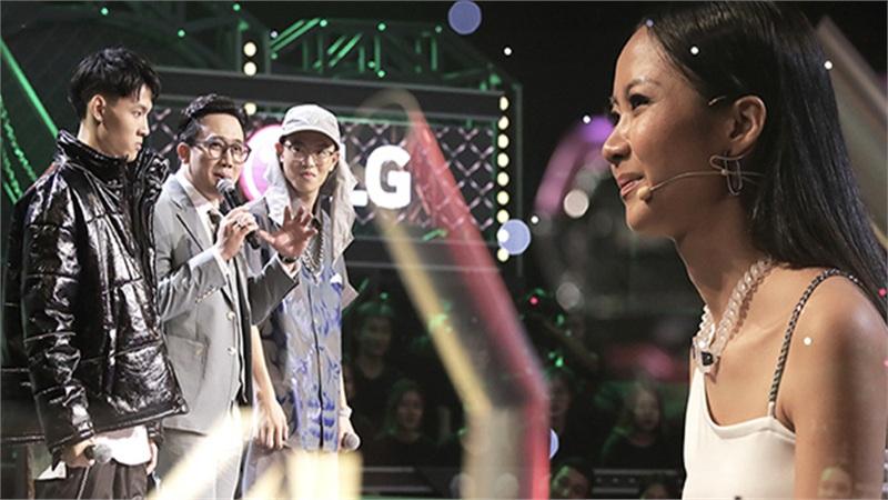 'Rap Việt'tập 9: Suboi ra toàn đề tài 'oái oăm', Tlinh 'diệt gọn' đối thủ, Tage bật chế độ 'không có bố'
