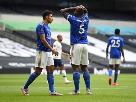 Leicester City thua Tottenham, tốp 4 Premier League lại vẫy gọi M.U
