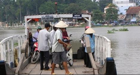 Cảnh báo người dân vì nghi xuất hiện cá sấu sông Sài Gòn