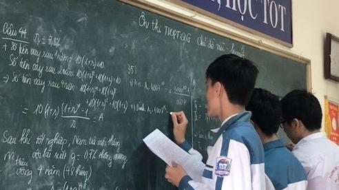 Tinh giản nội dung chương trình của 10 môn học ở bậc phổ thông