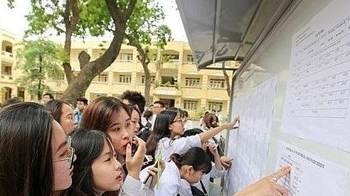 38 thí sinh đầu tiên trúng tuyển Đại học Kinh tế Quốc dân năm 2020 là ai?