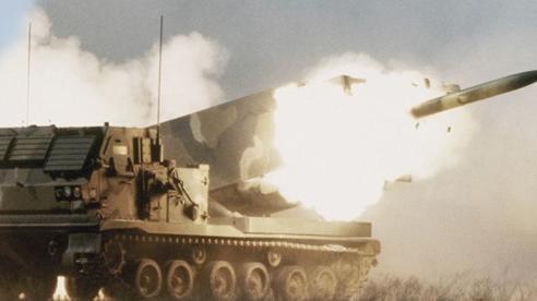 Quân đội Mỹ tập trận bắn đạn thật cách biên giới Nga chưa đầy 120 km