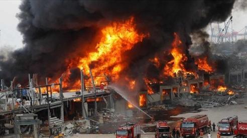 Lebanon: Chưa kịp hồi phục sau vụ nổ thảm họa, cảng Beirut lại tan hoang