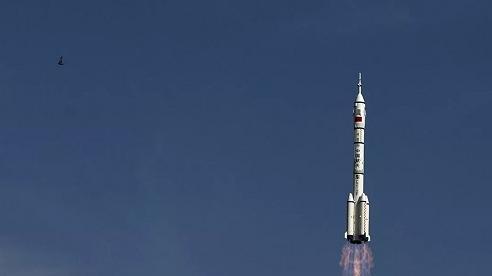 Người Nga 'may mắn' bắt được tín hiệu từ một vật thể bí mật trên quỹ đạo