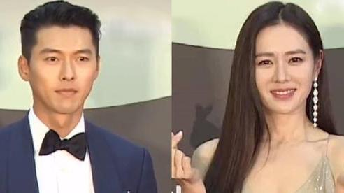 Hyun Bin 'bảnh tỏn' như chú rể nhưng lại né mặt 'cô dâu' Son Ye Jin ở thảm đỏ Baeksang 2020