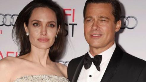 Angelina Jolie: 'Ly hôn Brad Pitt là quyết định đúng đắn'