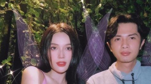 Sĩ Thanh đăng ảnh kỉ niệm 1 năm ngày yêu Huỳnh Phương, fan rần rần vì 'tướng phu thê'