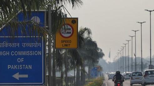 Ấn Độ-Pakistan căng thẳng, trục xuất nhiều nhân viên ngoại giao