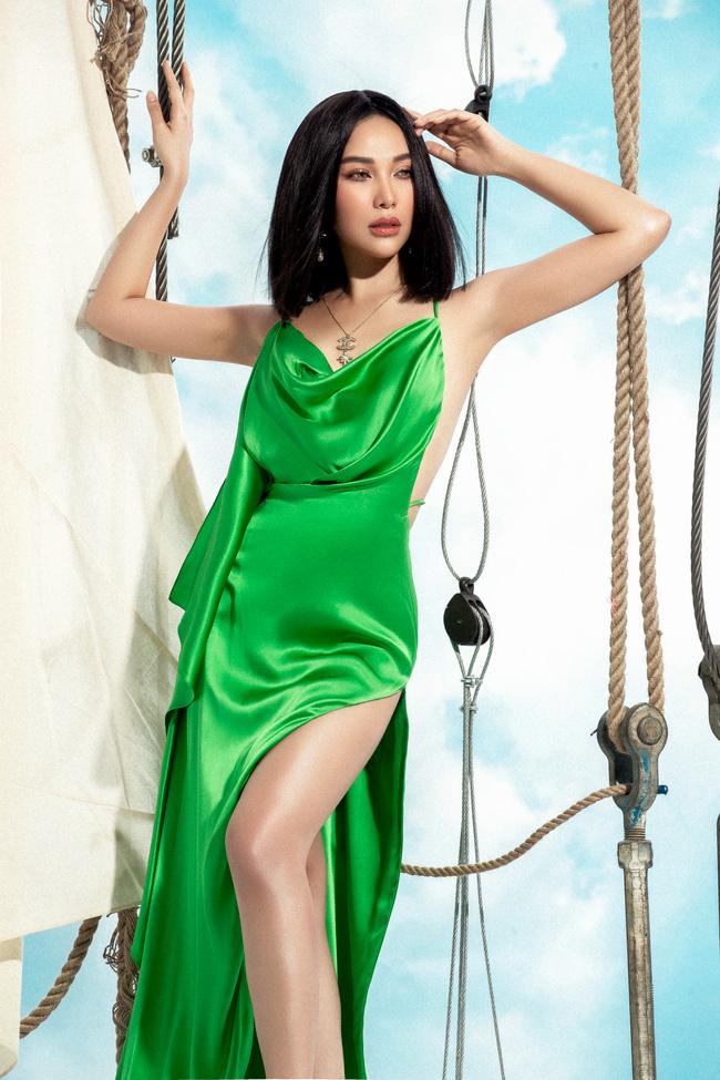 Nữ diễn viên dành nhiều thời gian, tiền bạc cho việc chăm sóc sắc đẹp. Cô thường lui tới những spa, trung tâm chăm sóc sức khỏe có tiếng để giữ vẻ ngoài luôn tươi trẻ.