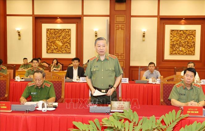 Đại tướng Tô Lâm, Ủy viên Bộ Chính trị, Bí thư Đảng ủy Công an Trung ương, Bộ trưởng Bộ Công an phát biểu tại buổi làm việc.