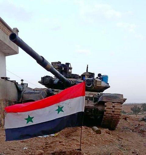 Xe tăng T-90 trong biên chế Quân đội Syria.