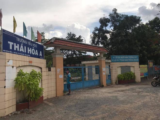 Trường tiểu học Thái Hoà A nơi xảy ra sự việc.