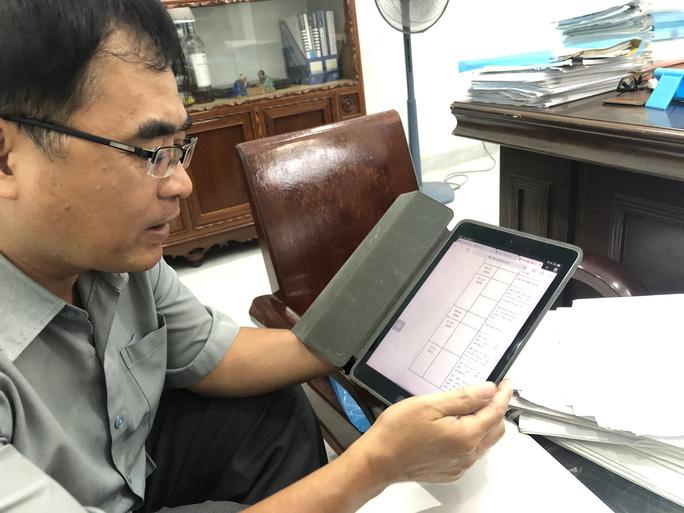 Luật sư Trần Hồng Phong (người hỗ trợ pháp lý Hồ Duy Hải) cung cấp chứng cứ ngoại phạm