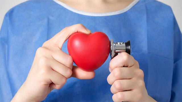 Người có vấn đề về tim mạch tránh dùng ghế massage