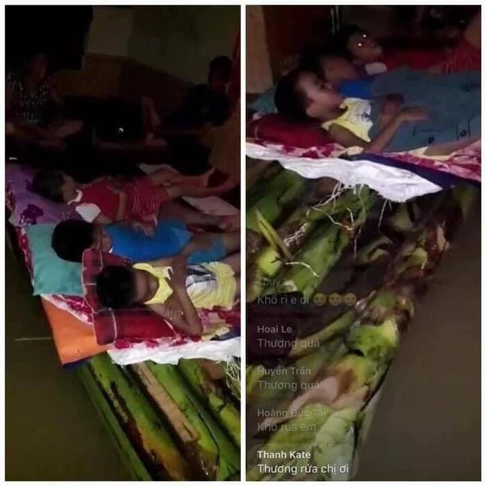Những đứa trẻ ngủ trên thân cây chuối trong đêm mưa lũ