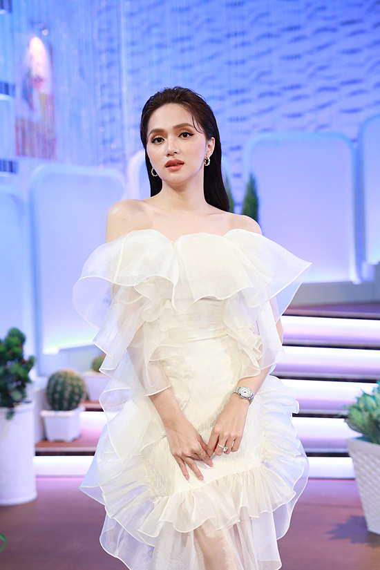Sau loạt scandal với anti fan, Hương Giang xuất hiện tiều tụy trong hình ảnh mới 2