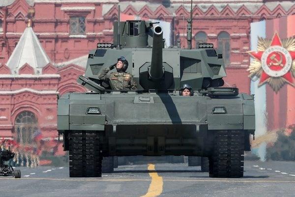 Xe tăng T-14 Armata là một trong những điển hình của tư duy chế tạo xe tăng của Nga với việc sử dụng nền tảng đa dụng chung với nhiều phương tiện chiến đấu khác.
