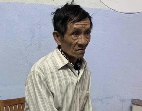 Chân dung 'tú ông' 76 tuổi ở Gia Lai. Ảnh: Báo Đất Việt