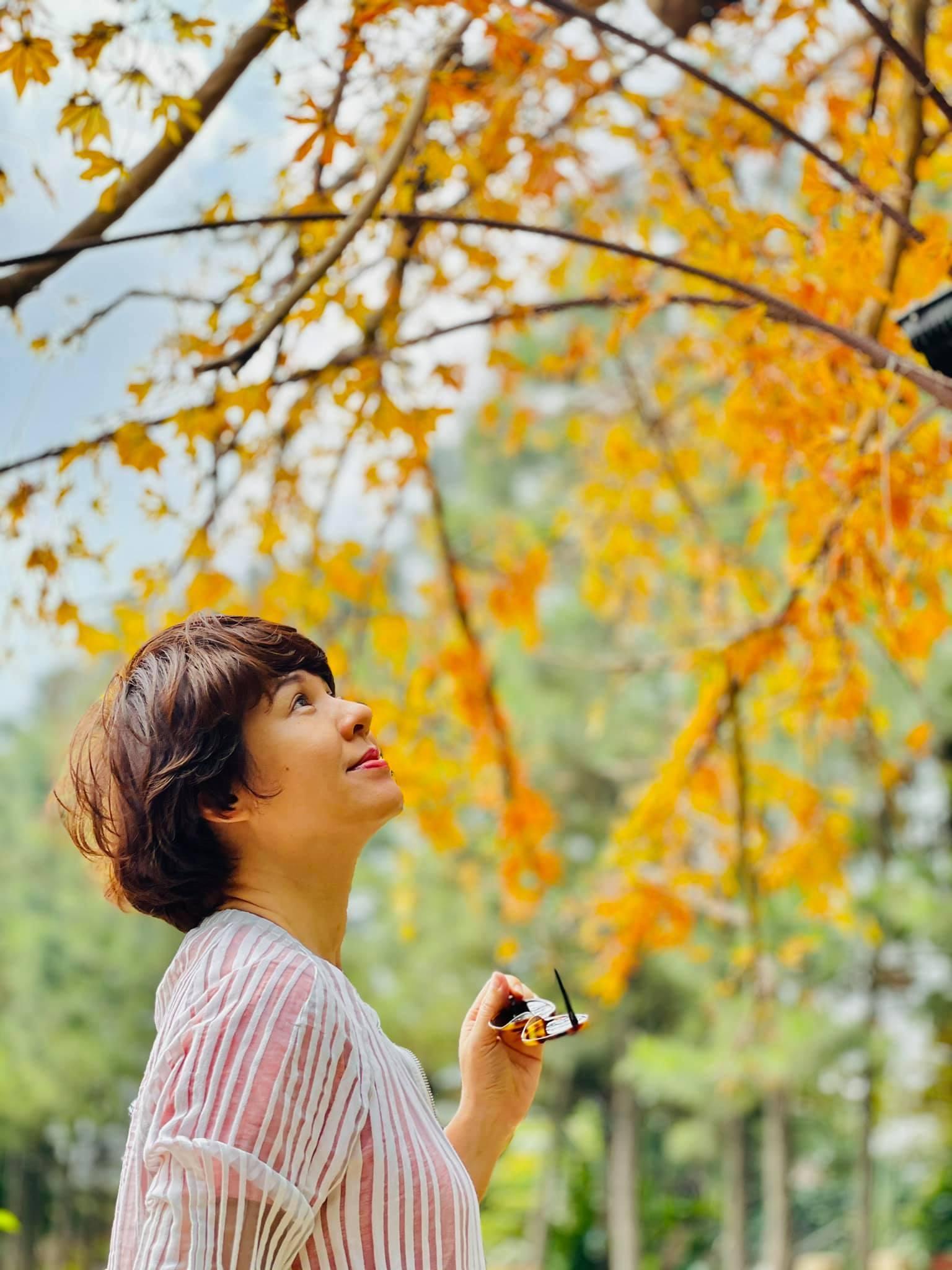 MC Diễm Quỳnh với bức ảnh rất đẹp kèm chú thích: ''Mùa lộc vừng thay lá 2021''.