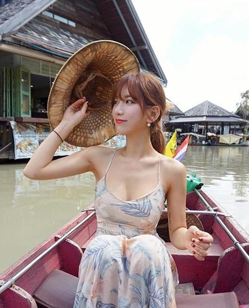 Việc chăm chỉ luyện tập các bộ môn khiến nữ thần thể dục xứ Hàn dễ dàng sở hữu hình thể gợi cảm đến mê hoặc.