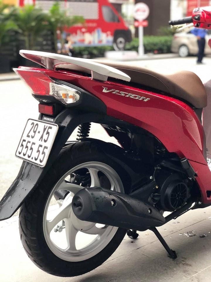 Honda Vision biển ngũ quý 5 giá gần 200 triệu đồng ở Cầu giấy, Hà Nội.