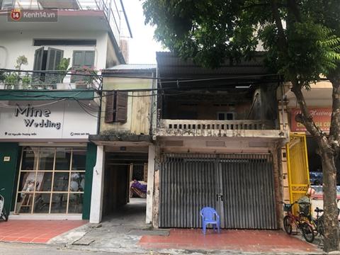 Căn nhà nơi xảy ra vụ việc trước và sau khi người thuê trọ quyết định dỡ biển hiệu, chuyển đi nơi khác sinh sống